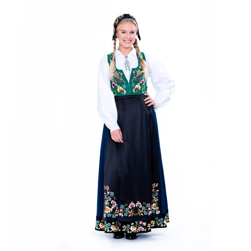 Bunad_dame_AkselWaldemar_B95_bunad_dame