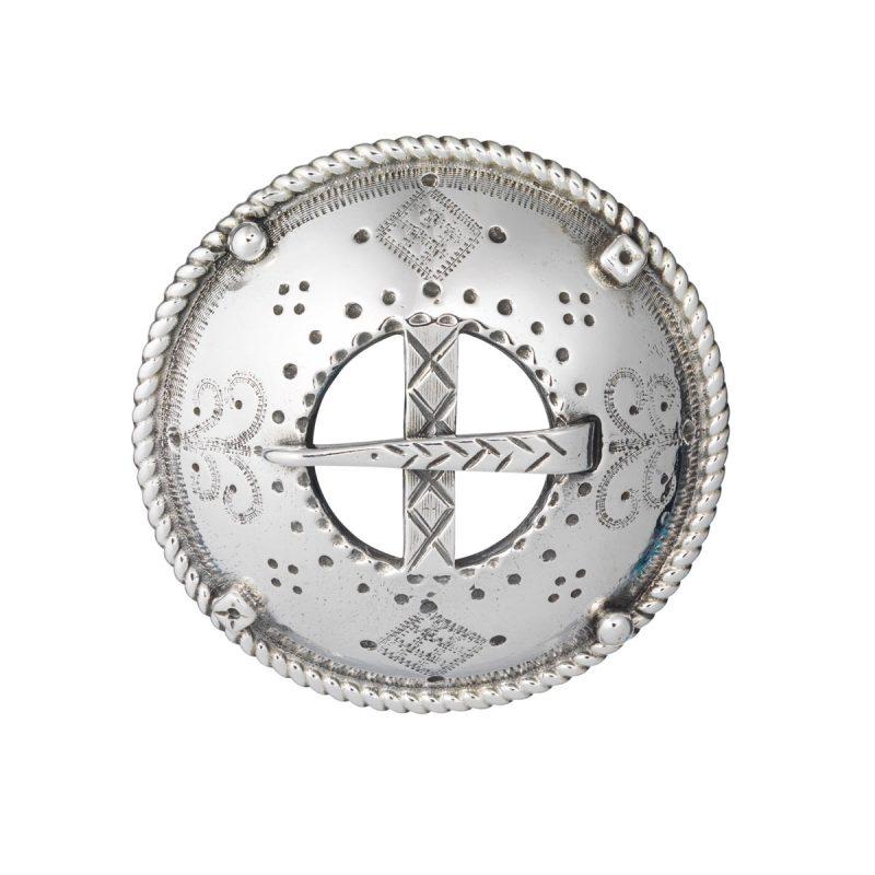 HUL 25020 - Sølje med pins til Hundreårsdrakten